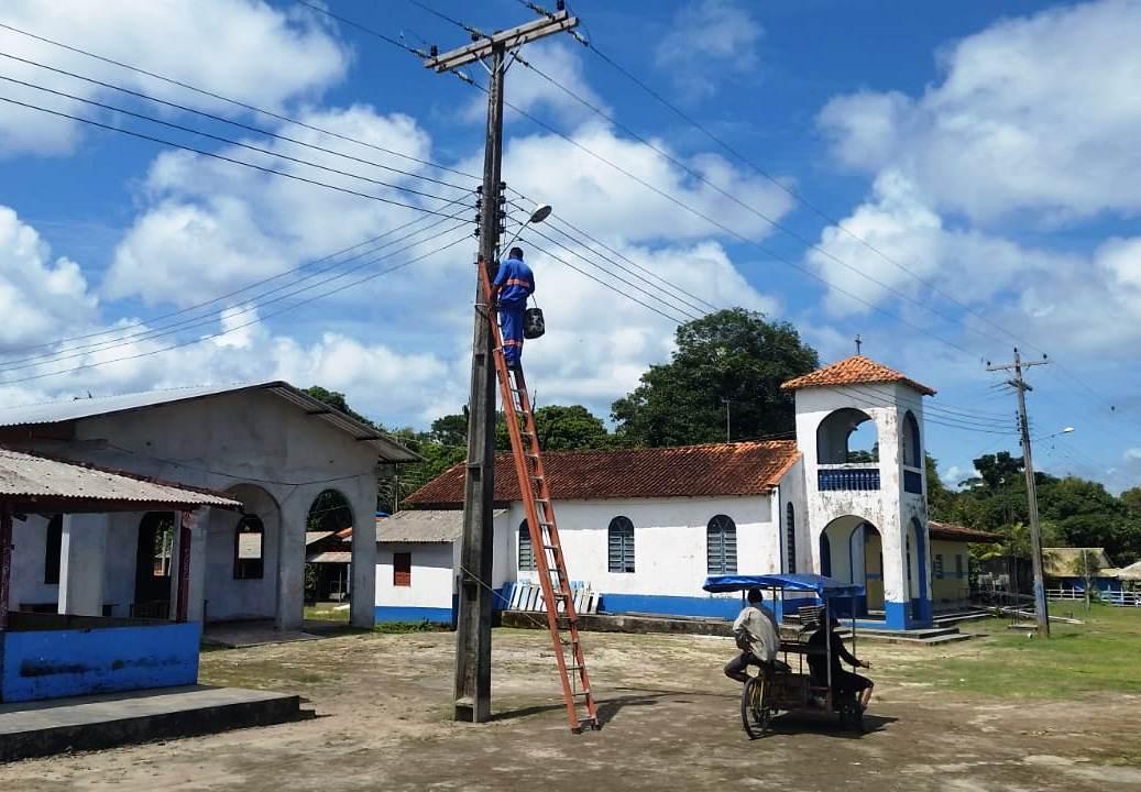Mais cinco comunidades recebem melhorias no sistema de iluminação
