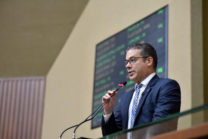 Josué Neto destina R$ 100 mil para o Departamento de Polícia Técnico Científica em Manaus