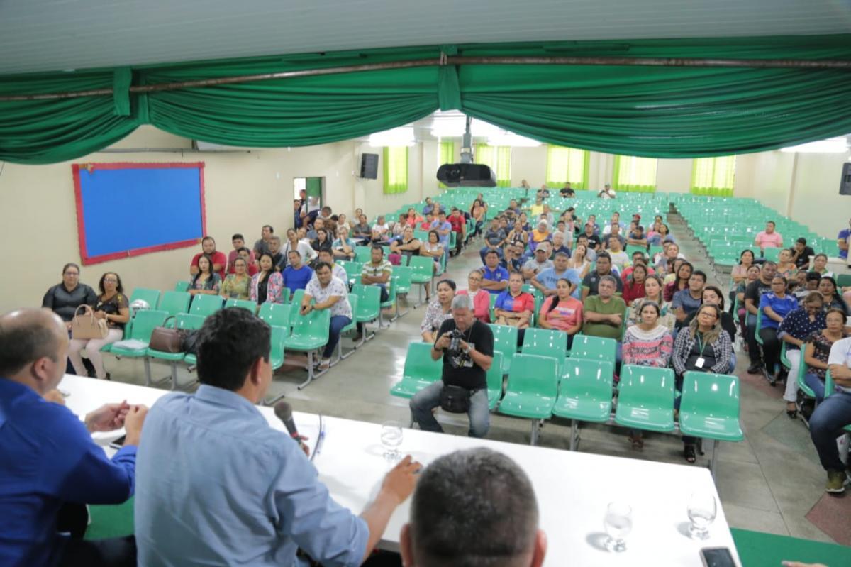 Bi Garcia anuncia reajuste salarial para servidores efetivos e estatutários