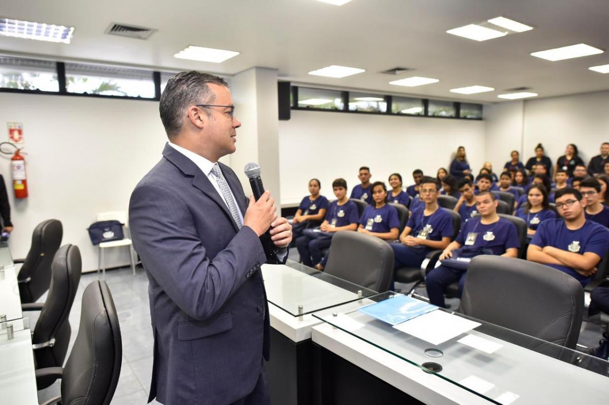 Presidente Josué Neto faz abertura da 12ª Edição do Parlamento Jovem