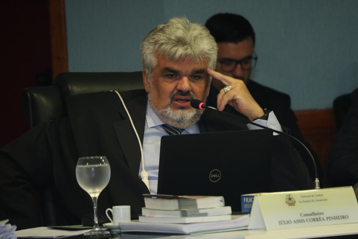 TCE-AM multa ex-prefeito por lixão em São Gabriel