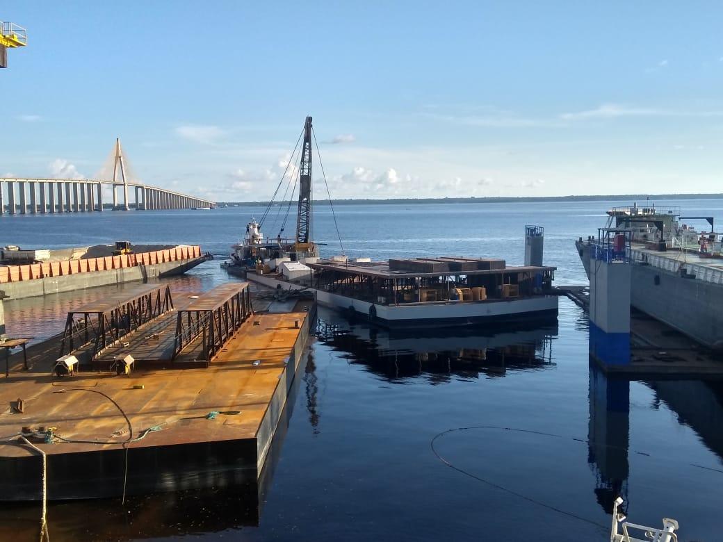 Porto flutuante de Vila Amazônia chega a Parintins nos próximos dias