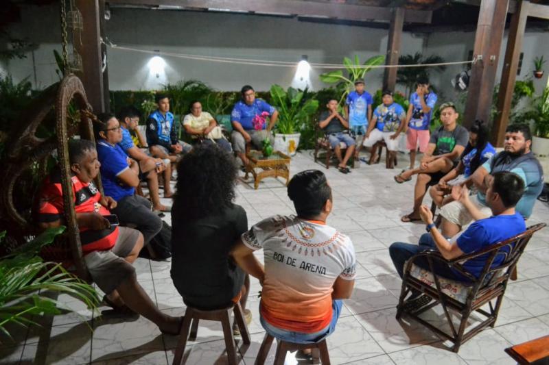 Banda Canto Parintins firma apoio a Jender Lobato para presidente do Caprichoso