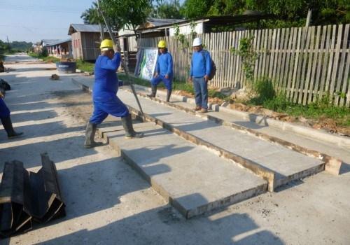 Ruas do município de Amaturá recebem obras de recuperação da Seinfra