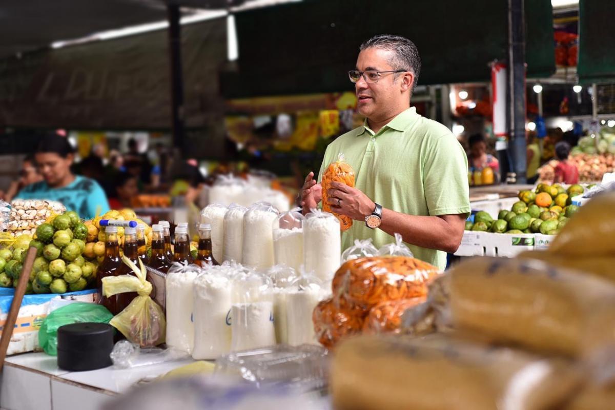 Feira de Tefé deverá ser um modelo para Manaus e demais municípios do estado, afirma Josué