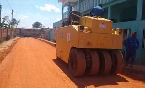 Seinfra executa obras em dez bairros de Caapiranga