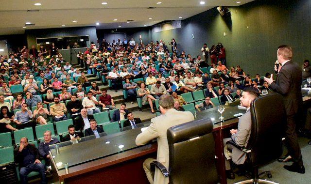 Mais de 300 pessoas participam do Workshop de Direito do Consumidor na Aleam