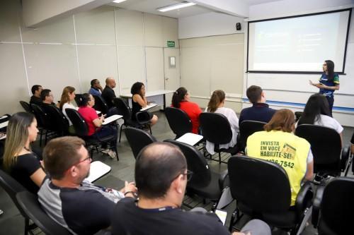 Programa Centelha é apresentado em Feira de Empreendedorismo