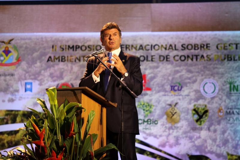 Ministro do STF, presidente do TCU e convidados internacionais apresentam soluções em meio ambiente