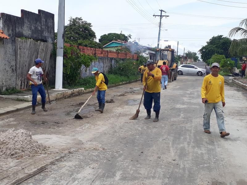 Resolvido problema de aguaceiro na pista da Rua Mocambo, no Djard Vieira