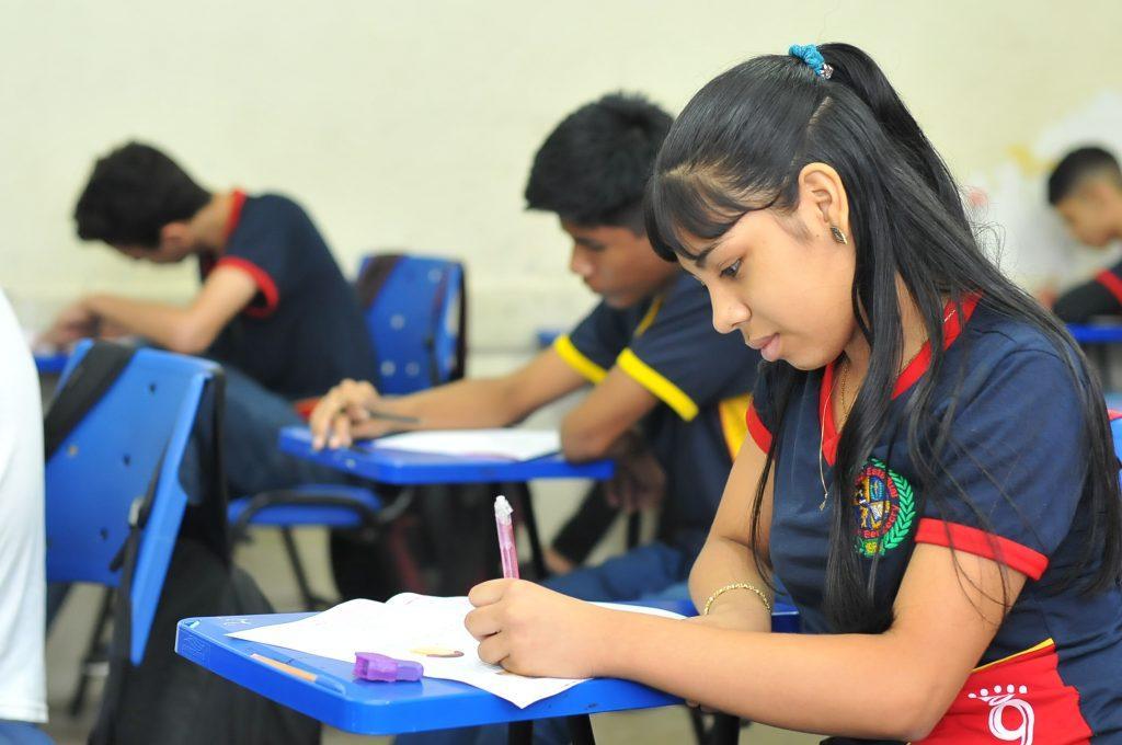 Seduc aplica Saeb em 641 escolas da rede estadual