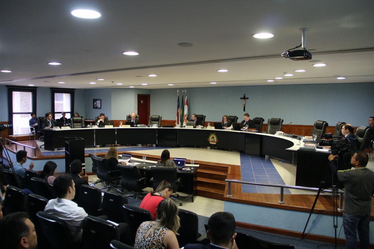 Pleno do TCE-AM aprecia 83 processos nesta segunda-feira (4)