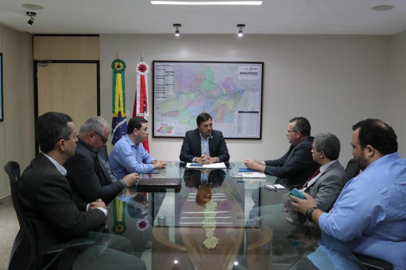 Wilson Lima se reúne com secretário do Mapa e Amazonas pode se tornar livre de febre aftosa sem vacinação