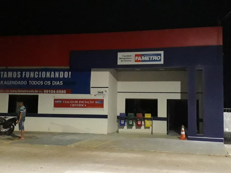 Princípio de incêndio na Fametro-Parintins deixa alunos em pânico: aulas retornam na segunda-feira
