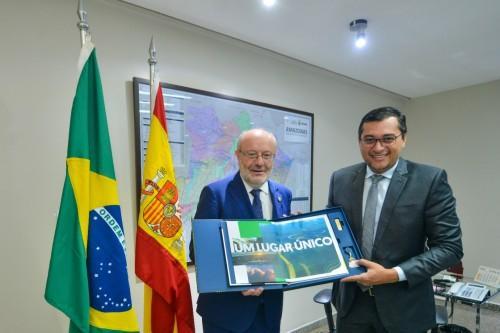 Wilson Lima discute cooperação em reunião com embaixador espanhol