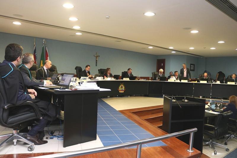 Pleno do TCE-AM reprova contas de ex-prefeito de São Paulo de Olivença