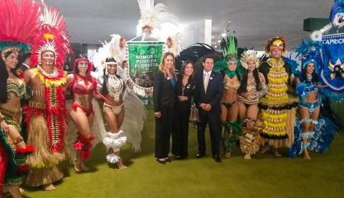 Em Brasília, Caprichoso e Garantido embalam homenagem ao turismo e a cultura do Amazonas