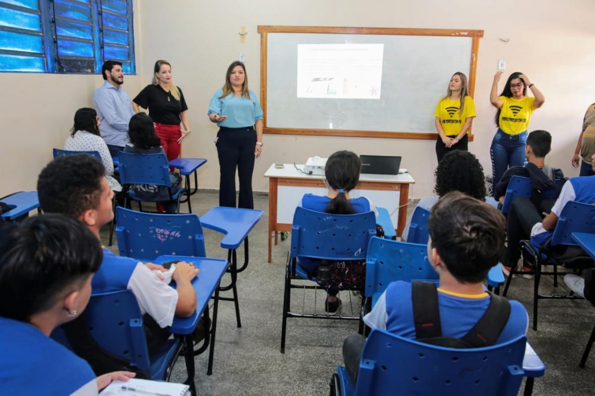 Joana Darc destinará recursos para projetos voltados à juventude