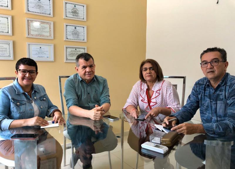 Jornalistas amazonenses discutem com Bosco Saraiva sobre direitos da profissão e o fim do registro