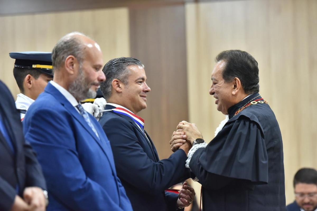Josué é homenageado por contribuições à Justiça do Amazonas