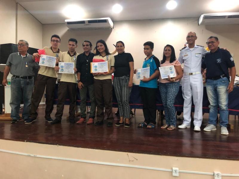 Escolas festejam premiação da Operação Cisne Branco da Marinha do Brasil