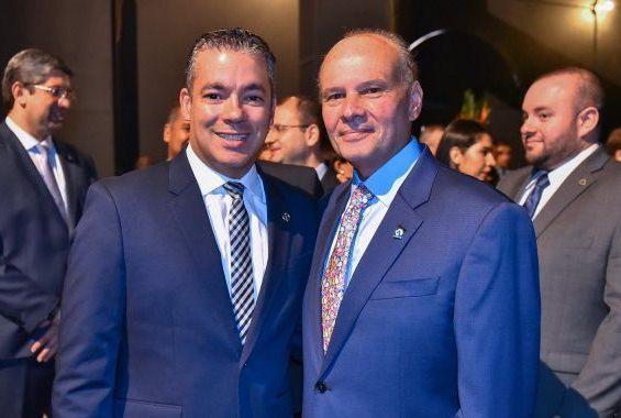 Josué Neto prestigia posse do conselheiro Mario Mello como presidente do TCE-AM