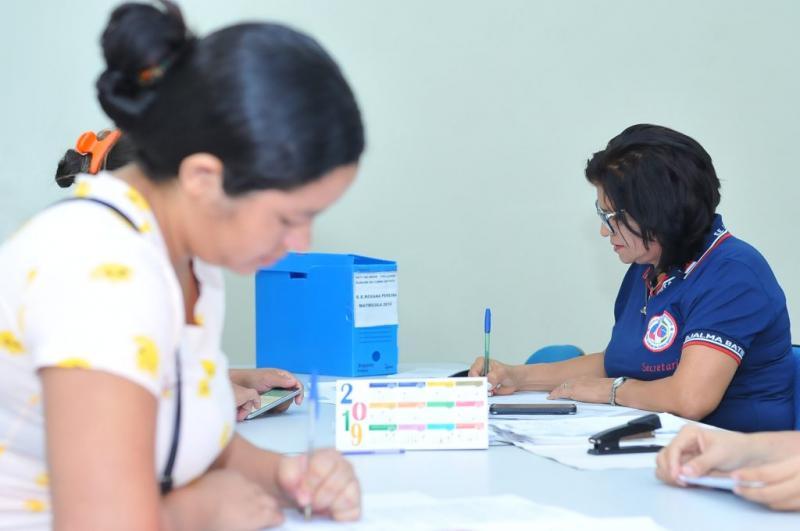 Período de transferência para alunos da rede pública de ensino inicia nesta terça-feira (14/01)