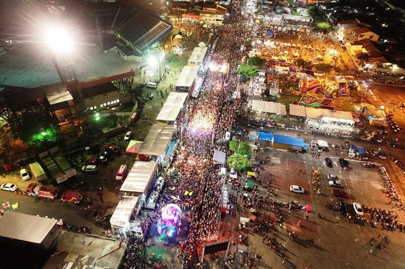 Prefeitura de Parintins conclui repasse financeiro aos blocos carnavalescos