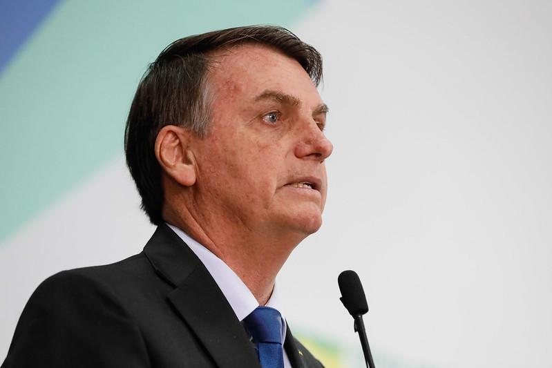 Presidente Bolsonaro insiste que Covid-19 é histeria