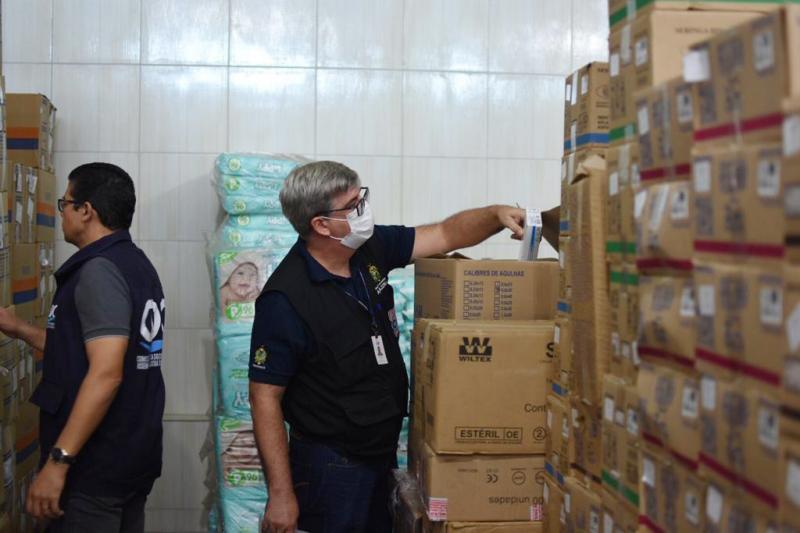 Procon-AM apreende 3,5 mil máscaras inapropriadas para uso em distribuidora na zona norte de Manaus