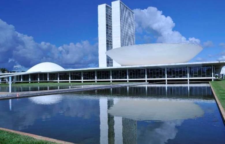 Parlamentares amazonenses defendem simplificação e manutenção de instrumentos de desenvolvimento regional na reforma tributária