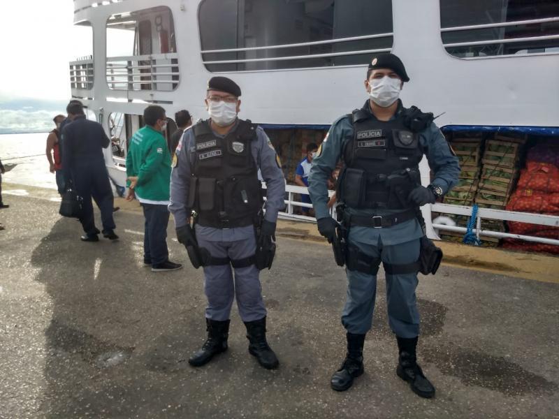 Polícia Militar intensifica fiscalização em cumprimento ao decreto que suspende transporte de passageiros