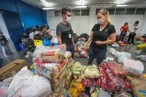Governo do Amazonas realiza 2.400 atendimentos em abrigo montado na Arena Amadeu Teixeira