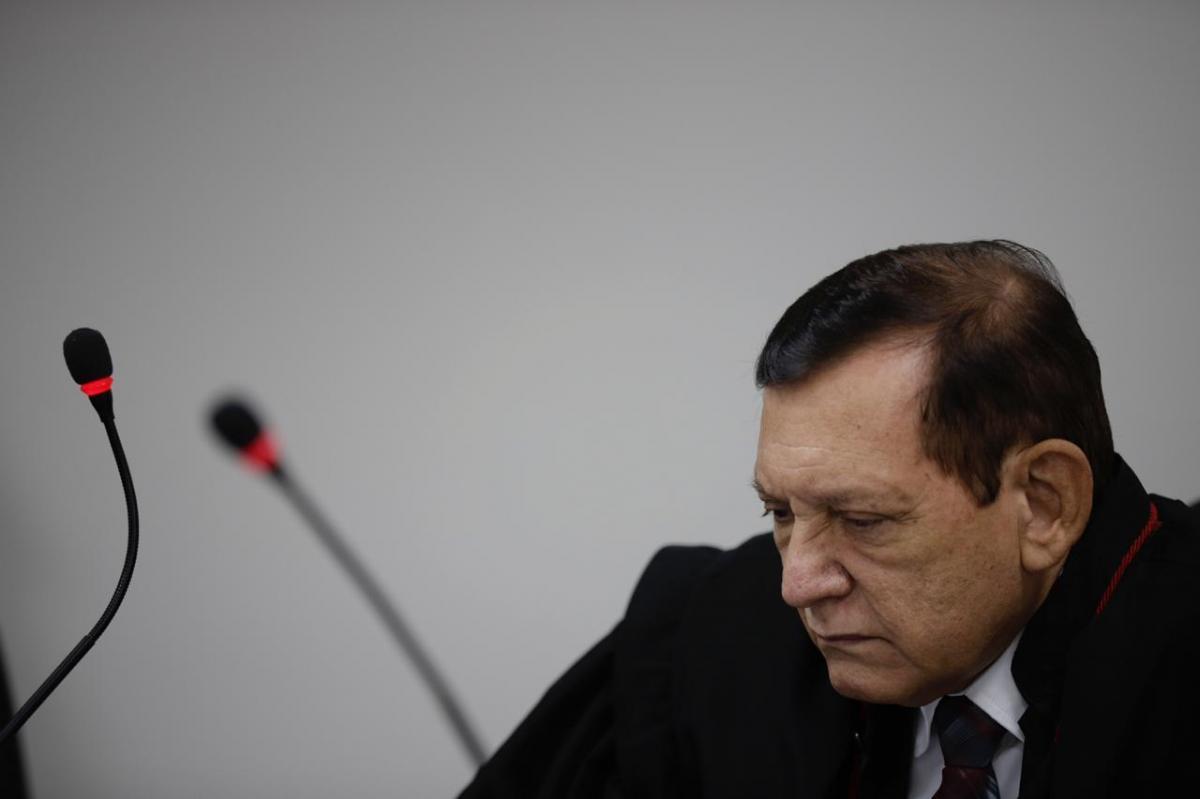 Wilson Lima tem processo de impeachment suspenso no TJAM