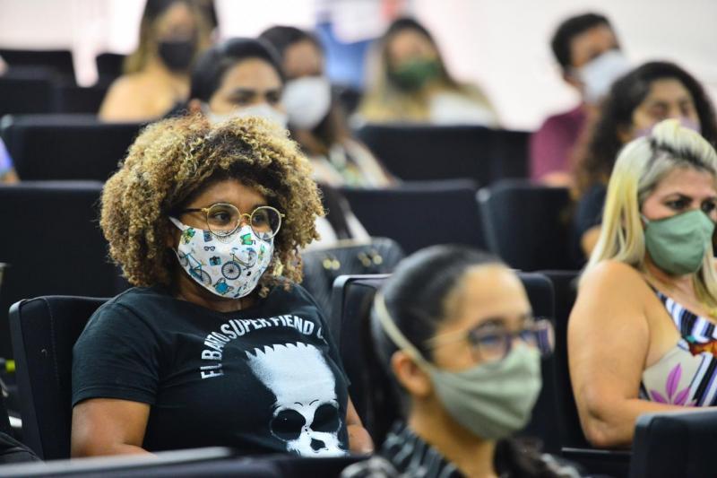 """Profissionais de saúde do programa """"Brasil Conta Comigo"""" são integrados ao quadro da Susam"""
