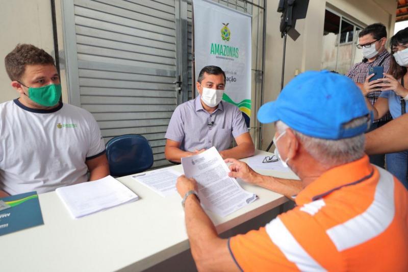 Wilson Lima paga último lote de indenizações às vítimas do incêndio no Educandos