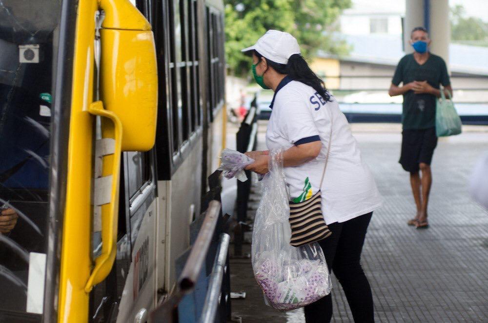 Sejusc distribui 10 mil máscaras nos cinco terminais de Manaus