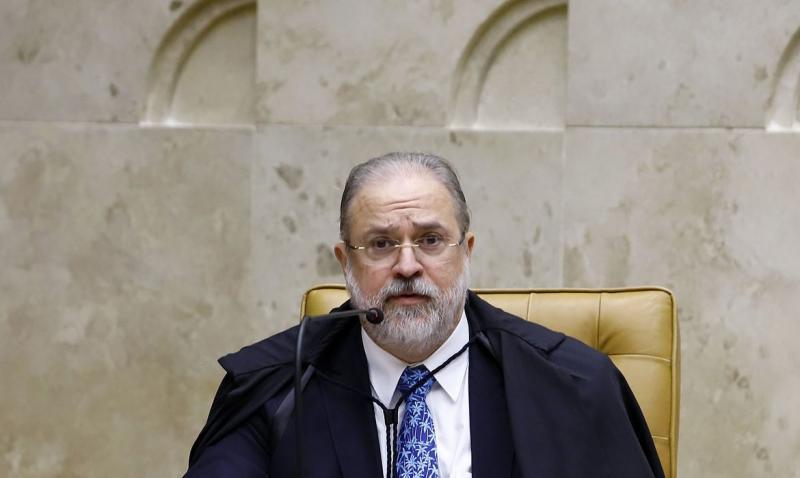 Para Augusto Aras, Constituição não admite intervenção militar