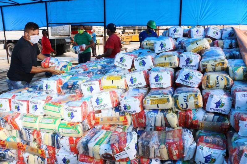 Seduc envia kits do 'Merenda em Casa' que serão distribuídos na região do Baixo Amazonas
