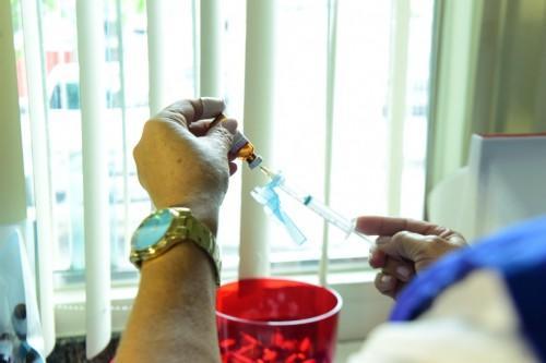 Vacina contra Influenza segue disponível para grupos prioritários