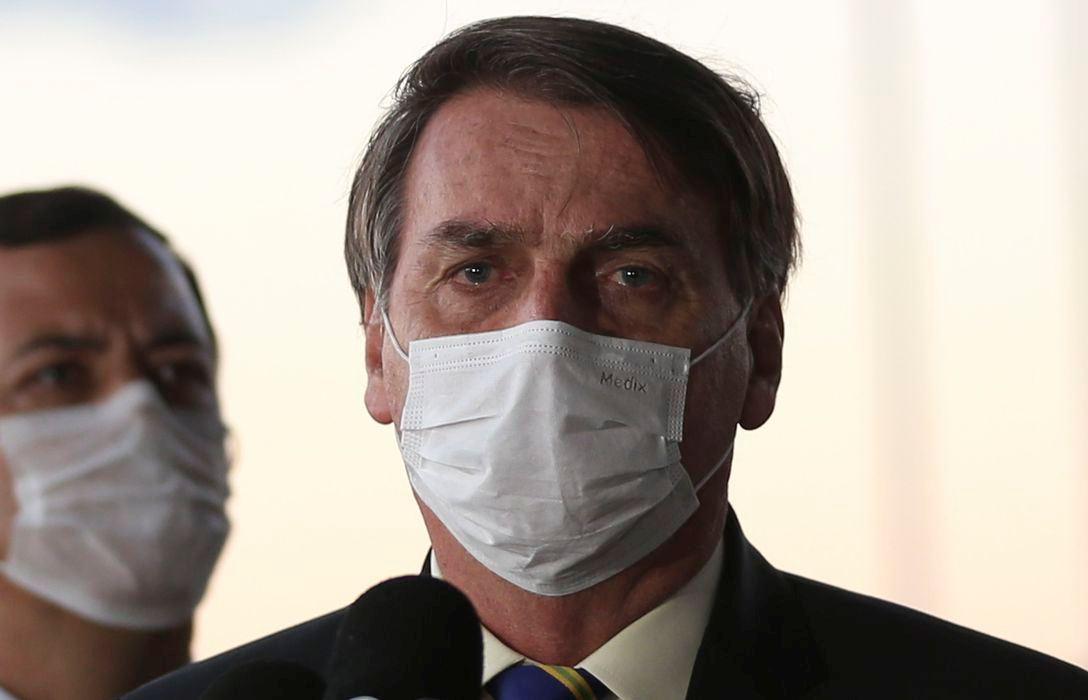 Sancionada lei que torna obrigatório o uso de máscara