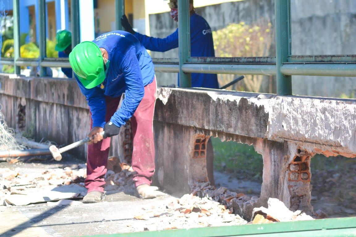 Prefeitura inicia construção de ginásio na escola Irmã Cristine