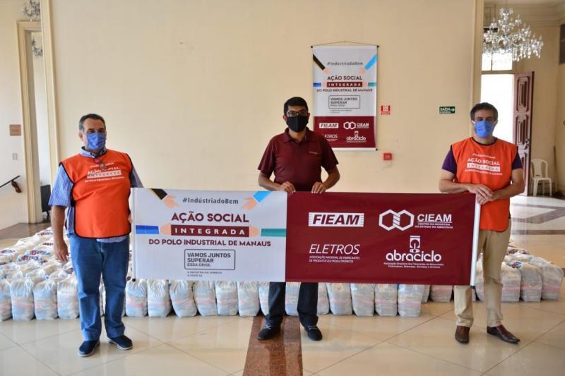 Secretaria de Cultura e Economia Criativa recebe cerca de 40 toneladas de cestas básicas para distribuir a artistas