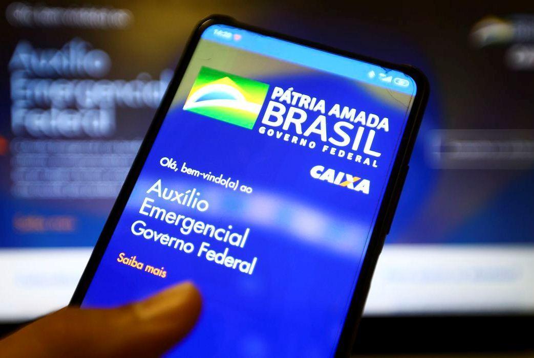 Caixa bloqueia contas da poupança social por suspeita de fraude