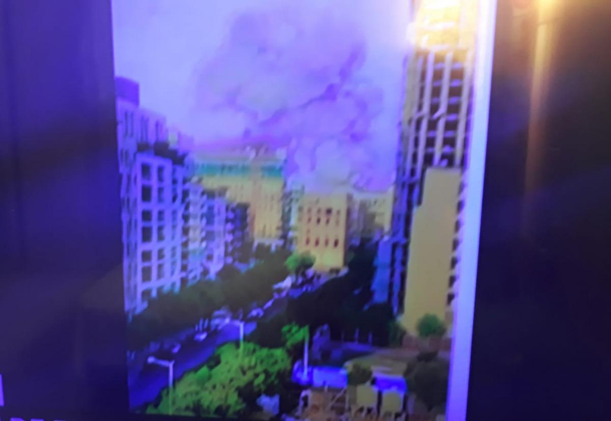Forte explosão na região portuária de Beirute deixa vários feridos