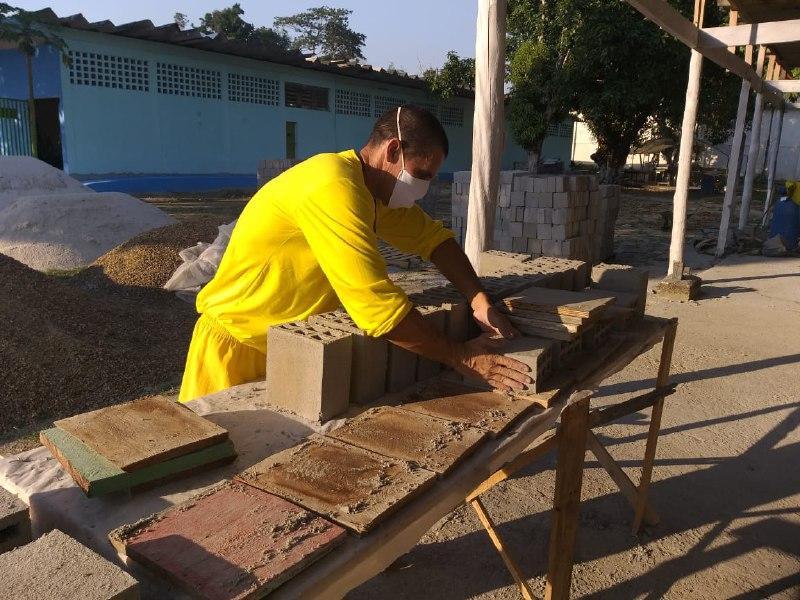 Fábrica de tijolos utiliza mão de obra de reeducandos do CDPM 2