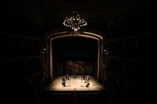 Teatro Amazonas é destaque na galeria de melhores fotos da Reuters