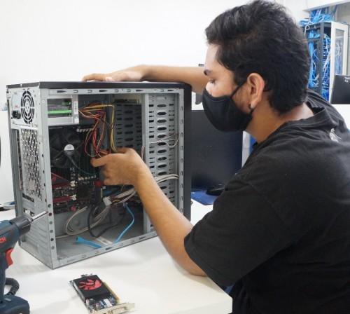 PGE-AM abre vaga para estagiário em Tecnologia da Informação (TI)