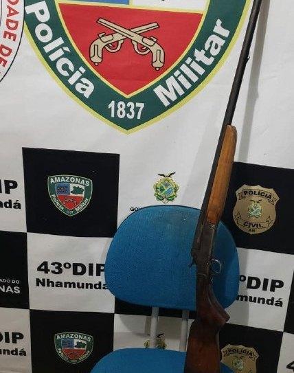 Policiais militares do 2º GPM apreendem arma de fogo em Nhamundá