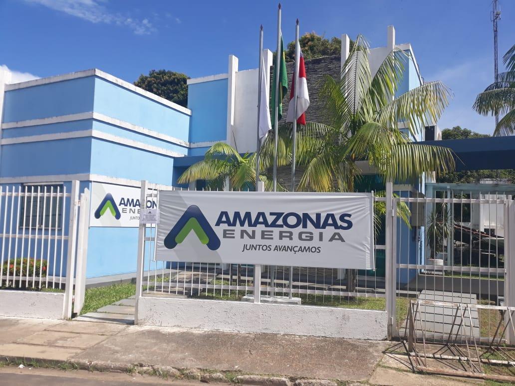 Falha em grupo gerador da Amazonas Energia deixa cidade na escuridão